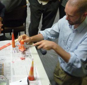 dg-running-candle-making-workshop-at-center